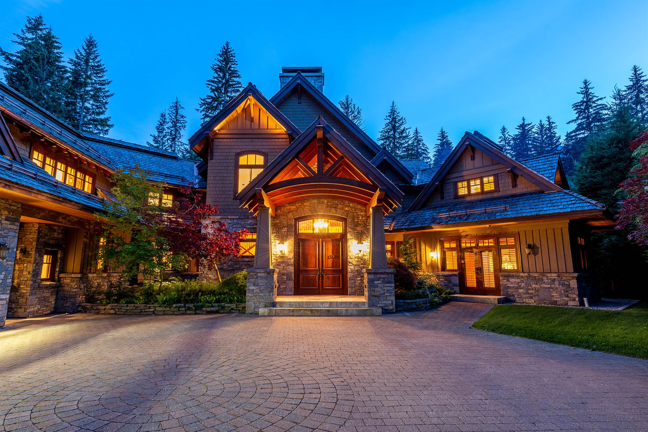 6693 Tapley Place, Whistler