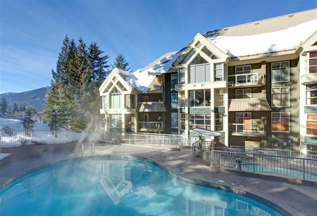 New Listing: Ski in and Ski out Concrete Condo 水泥滑雪公寓